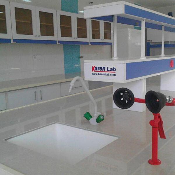 میز شستشو آزمایشگاه