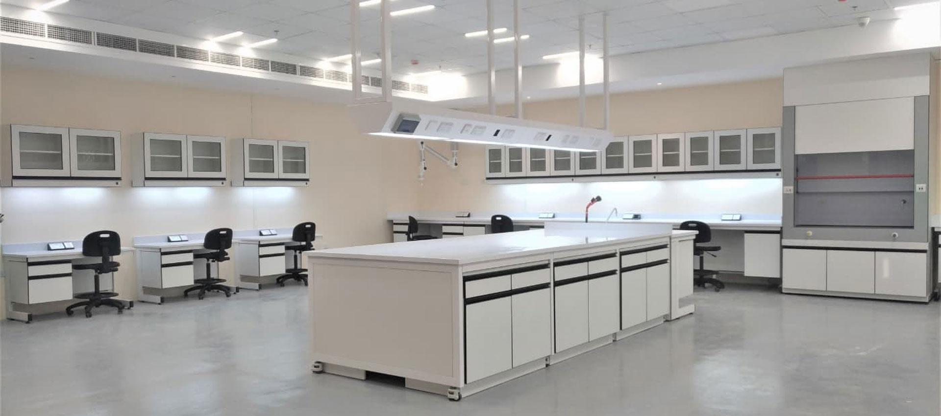 مشاوره ، تولید و اجرای انواع هود آزمایشگاهی کارن پویا نوآور